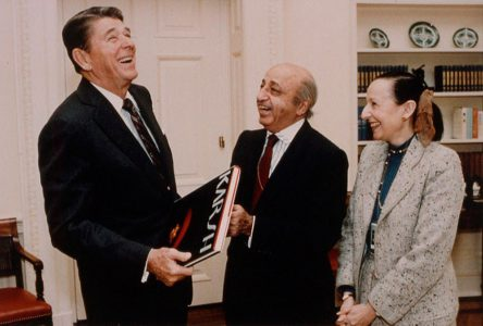 Yousuf and Estrellita enjoying a joke with President Reagan, 1981