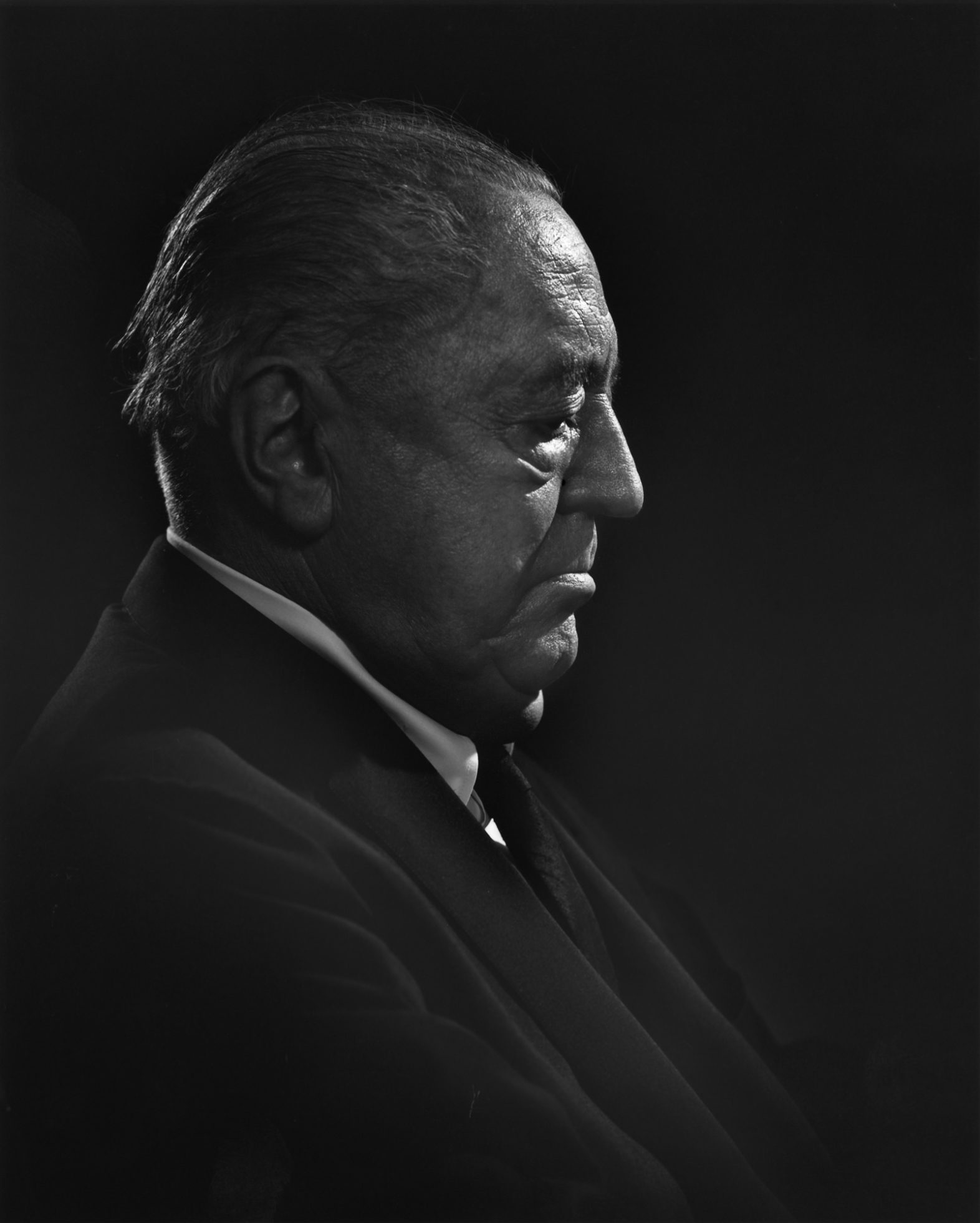 ludwig mies van der rohe yousuf karsh. Black Bedroom Furniture Sets. Home Design Ideas