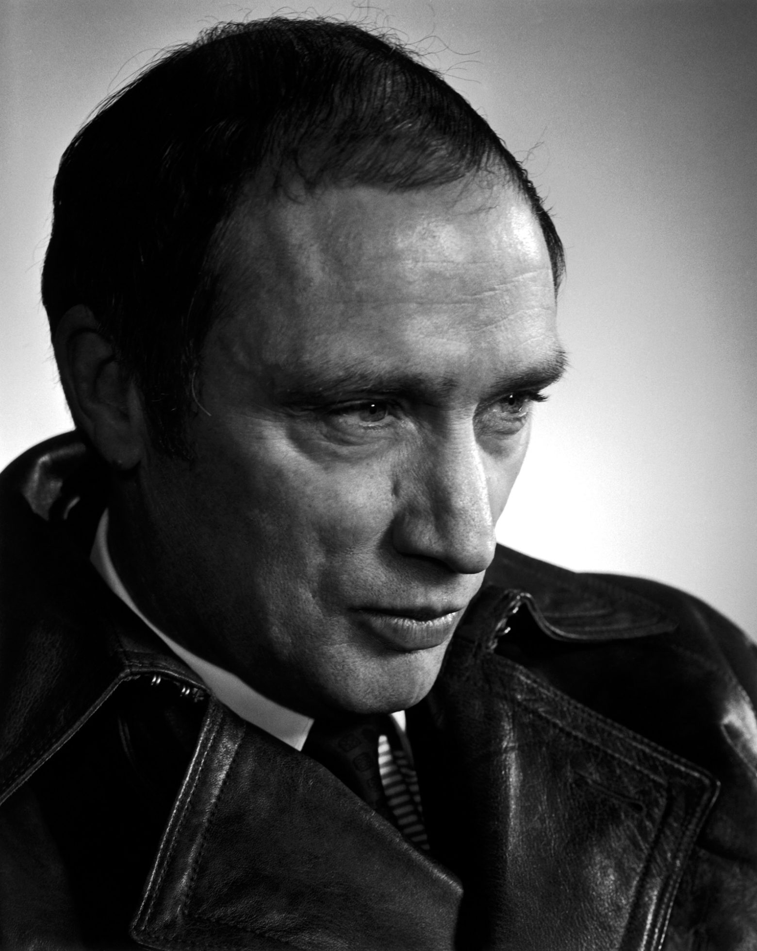 a biography of pierre trudeau Pierre trudeau was the 15th prime minister of canada he dated high-profile  women and brought greater civil rights to canadians learn more at.