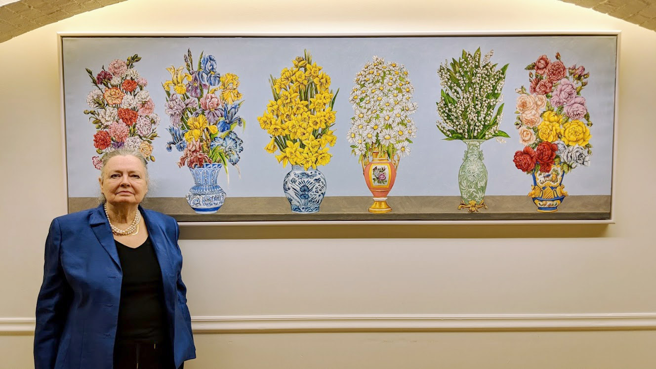 Estrellita Karsh unveils Nan Freeman's Paintings for Women's Lunch